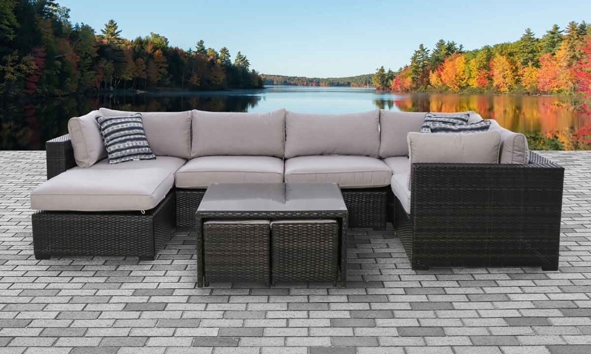 Kensington Complete Outdoor Sectional And Table Set The