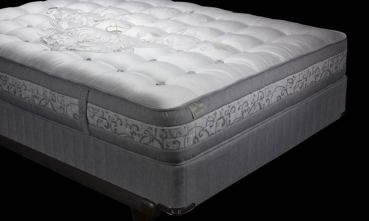 "Luxury 12"" king mattress handcrafted in England from alpaca wool with over 7000 coils - Silhouette shot"