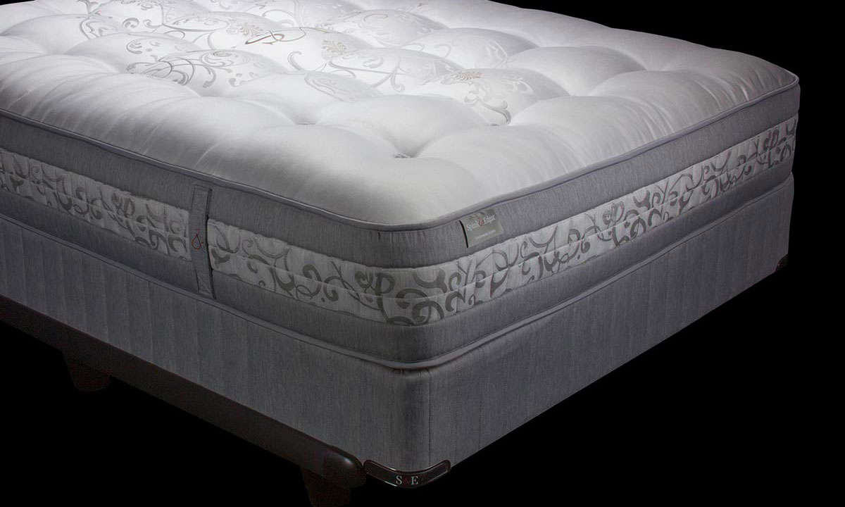 "Luxury 14"" queen mattress handcrafted in England from cashmere with over 17000 coils - Silhouette shot"