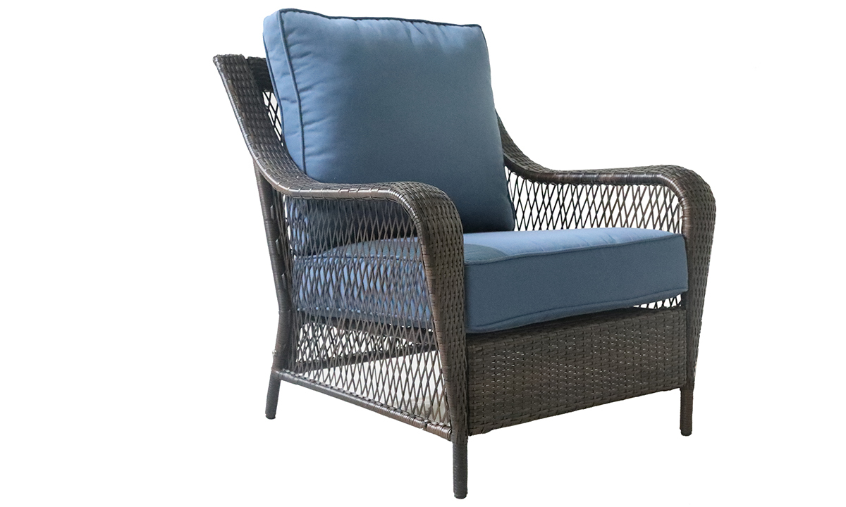 Outdoor 33-inch all-weather resin wicker armchair with quick-drying blue cushions