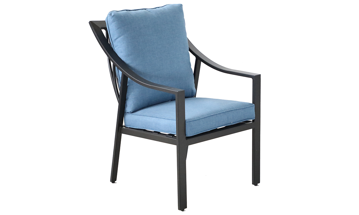 All-weather aluminum outdoor dining chair with blue quick dry cushions