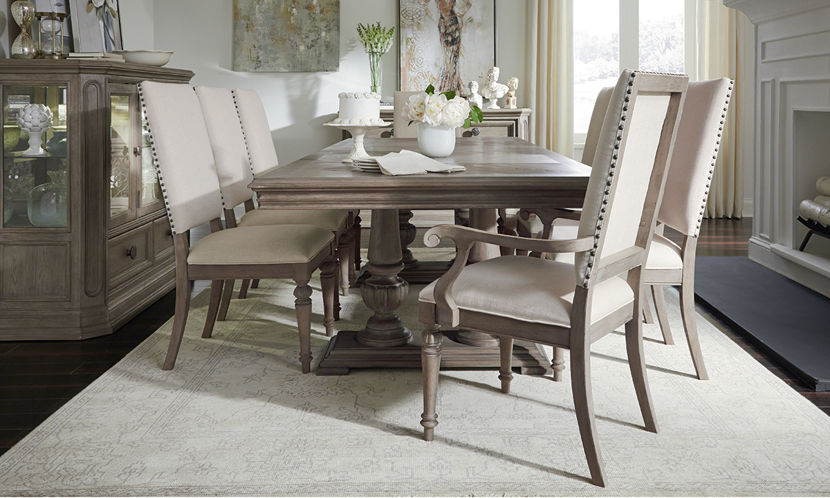 Legacy Classic Manor House 8-Piece Dining Set