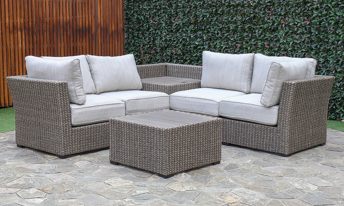 Creative Living Grey Outdoor 4-Piece Sectional Set
