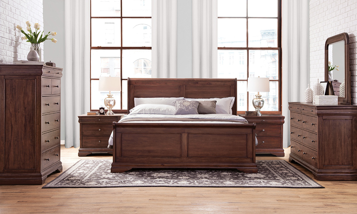 Frenchie Louis Philippe Sleigh Bedroom Set The Dump Luxe Furniture Outlet