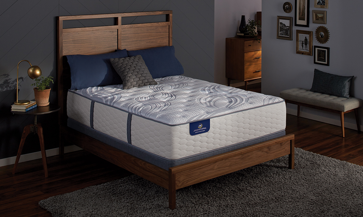 "Serta Perfect Sleeper® 14"" Firm Mattress & Wireless Power Adjustable Base"