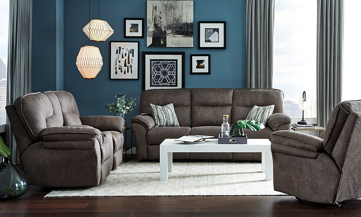 Southern Motion Full Ride Reclining Sofa Cocoa