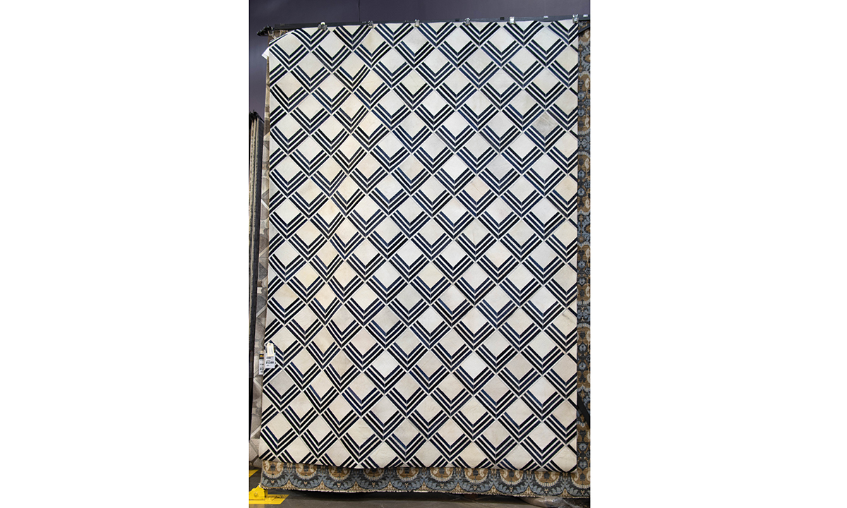Image of: Natural Hide 2219 Navy Blue 10 X 14 Area Rug The Dump Luxe Furniture Outlet