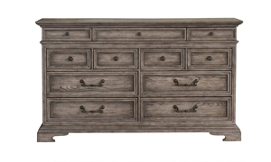 Pulaski Cordoba European Traditional 11-Drawer Dresser