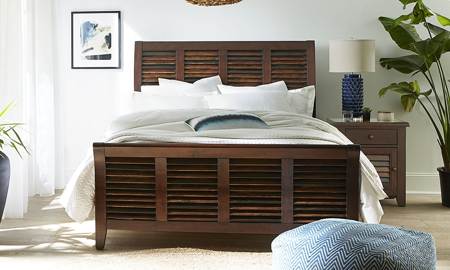 Modus Plantation Island Pine Louvered Sleigh Beds