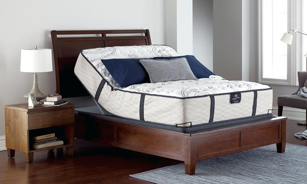 "Serta Perfect Sleeper® 14"" Firm Queen Mattress & Power Adjustable Base"