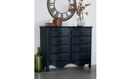 Magnolia Home Saddleback Black 8-Drawer Dresser