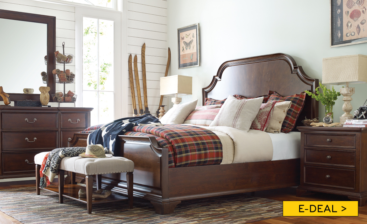 Rachael Ray Queen Panel Bedroom